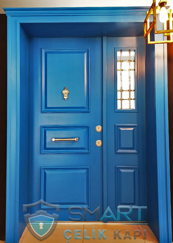 Ahşap Kaplama Villa Kapısı Villa Giriş Kapısı Mavi Alaçatı