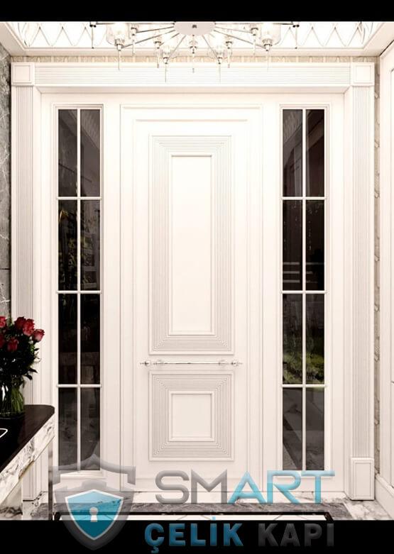 Beyaz Villa Kapısı